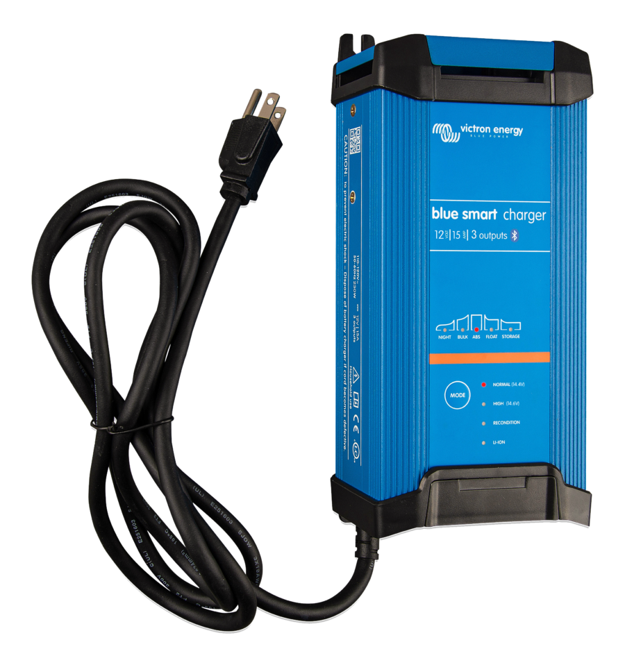 chargeur-de-batterie-blue-smart-ip22-12v-15A-3-sorties-victron-energy.