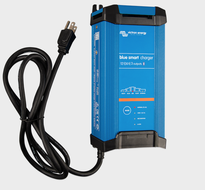 chargeur-bleu-smart-12v-30a-3-sorties-victron-energy.