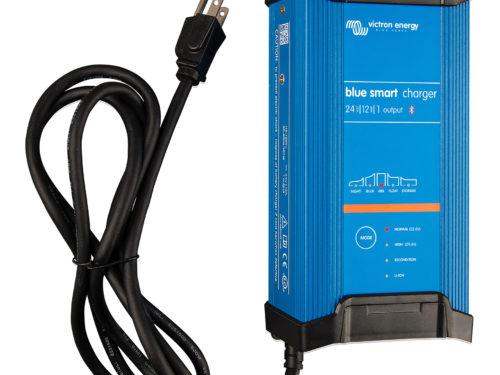 chargeur-de-solaire-ip22-12a-24v-1-sortie-blue-smart-victron-energy