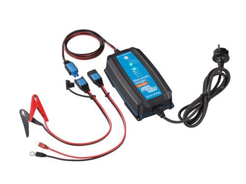 Chargeur de batterie IP65 12V/15A blue smart de Victron Energy